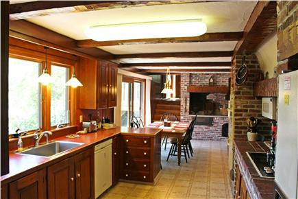 Provincetown Cape Cod vacation rental - Well-equipped, eat-in kitchen