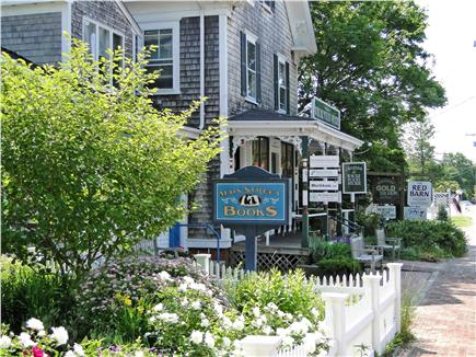 Orleans Cape Cod vacation rental - Cute shops in downtown Orleans