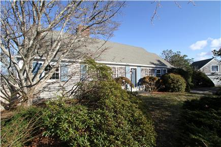 Chatham Cape Cod vacation rental - There are 3 included parking spaces in the driveway.