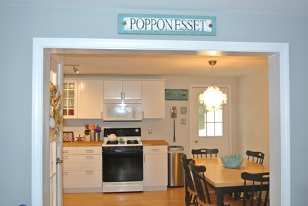 New Seabury, Popponesset New Seabury vacation rental - Kitchen w/ Eat In Dining Area