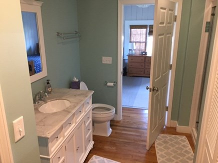 Harwich Cape Cod vacation rental - Main Bathroon