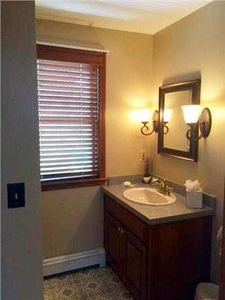 Sandwich Cape Cod vacation rental - Upstairs full bathroom