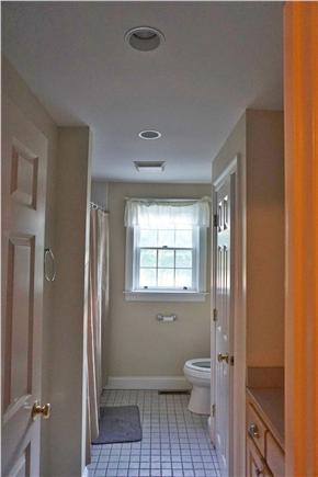 Brewster Cape Cod vacation rental - Second floor bath