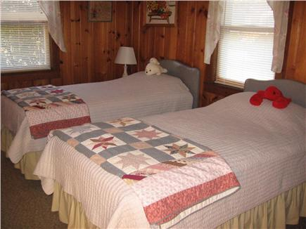 East Falmouth Cape Cod vacation rental - Twin bedroom