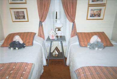 Barnstable Village Cape Cod vacation rental - Twin Bedroom