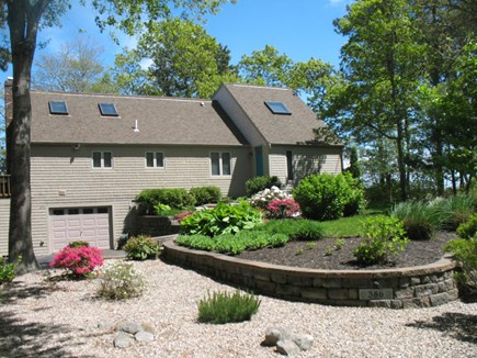 Mashpee Cape Cod vacation rental - Driveway to  entrance to House.