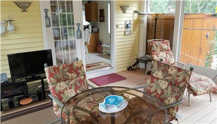 Wellfleet Cape Cod vacation rental - Sun room - relaxing!