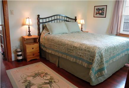 "Falmouth Heights Cape Cod vacation rental - Seaside cottage style ""Keeper's Quarters"" with pillowtop Queen"