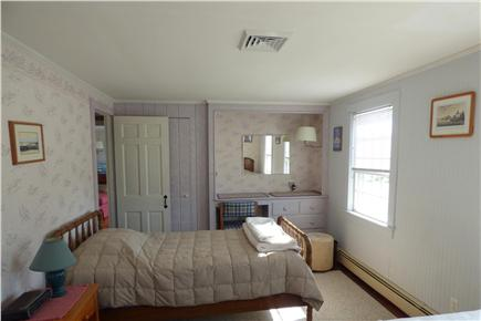 Chatham Cape Cod vacation rental - Bedroom with Three Twins