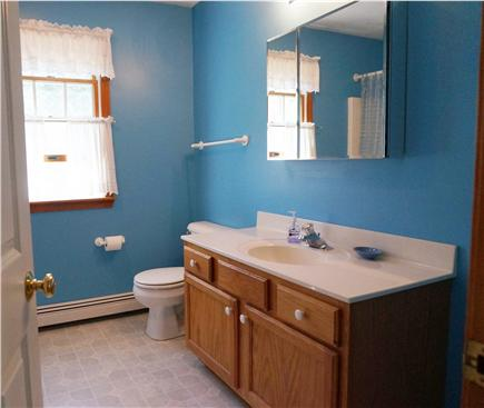Eastham Cape Cod vacation rental - Full bathroom upstairs
