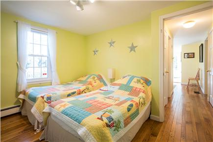 East Dennis Cape Cod vacation rental - Bedroom 1: 2 Twin