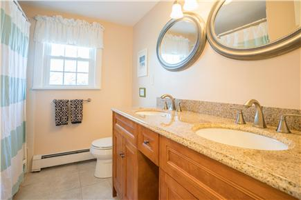 East Dennis Cape Cod vacation rental - Bathroom 2