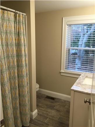 Centerville Centerville vacation rental - Upstairs full bath