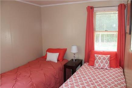 Eastham Cape Cod vacation rental - Twin bedroom
