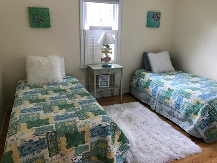 Osterville Osterville vacation rental - Second bedroom with twin beds.