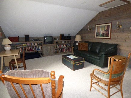 Dennis Cape Cod vacation rental - 2nd floor family room