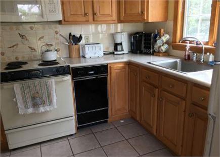 Dennis Village Cape Cod vacation rental - Kitchen