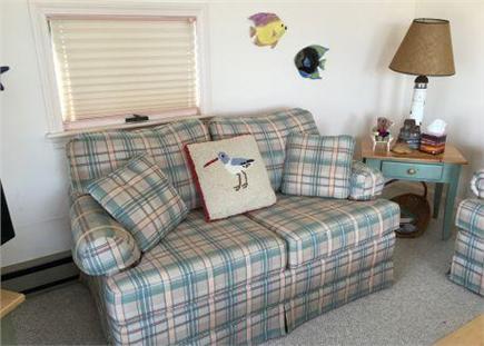 Dennis Village Cape Cod vacation rental - Living room pic #1