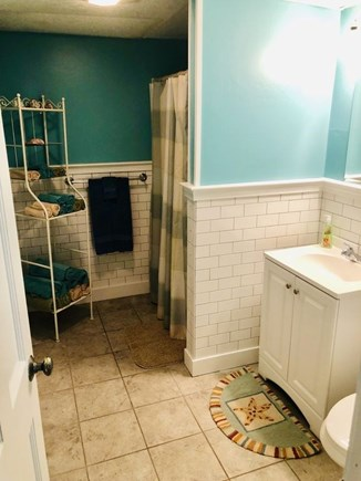 Plymouth MA vacation rental - 2020 Brand New lower level Bathroom