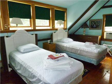 Orleans Cape Cod vacation rental - Twin bed bedroom.
