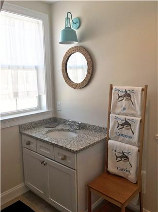 Dennisport Cape Cod vacation rental - Bathroom
