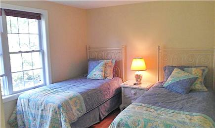 Hyannis Cape Cod vacation rental - Bedroom 2 with twins
