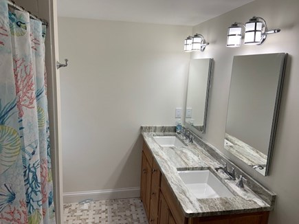 Mashpee, Popponesset Cape Cod vacation rental - New 2019 2nd floor bath with tub.