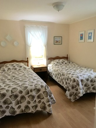 Chatham Cape Cod vacation rental - Bedroom with twin beds.
