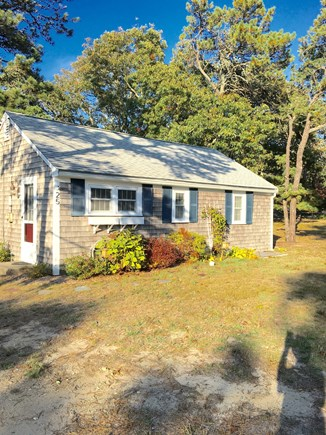 Chatham Cape Cod vacation rental - Front of Cottage.