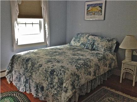 Barnstable Cape Cod vacation rental - Blue Room / Queen Bed