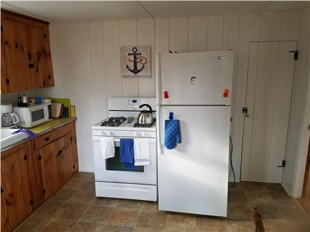 Dennisport Cape Cod vacation rental - Gas Range
