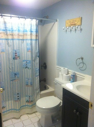 Yarmouth Cape Cod vacation rental - Bath