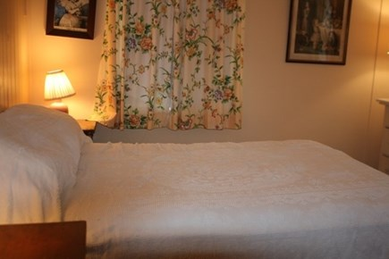Chatham Cape Cod vacation rental - Double bedroom