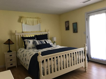 West Harwich Cape Cod vacation rental - Queen bedroom