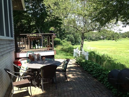 Pocasset, Bourne Pocasset vacation rental - Outdoor eating area