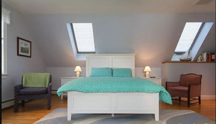 Pocasset, Bourne Pocasset vacation rental - Guest bedroom on 2nd floor w/queen is large with room for crib.
