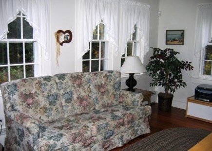 Brewster Cape Cod vacation rental - 2nd spacious living room area