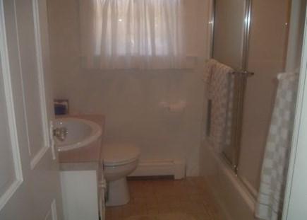 Brewster Cape Cod vacation rental - Full bathroom