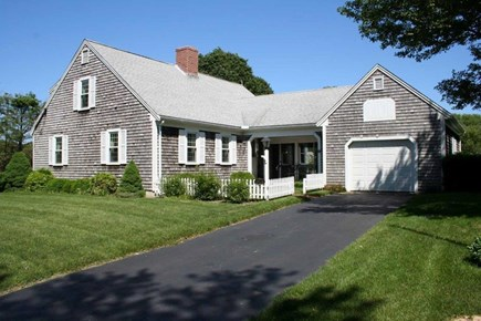 Orleans Cape Cod vacation rental - Wonderful East Orleans Cape with beautiful yard.