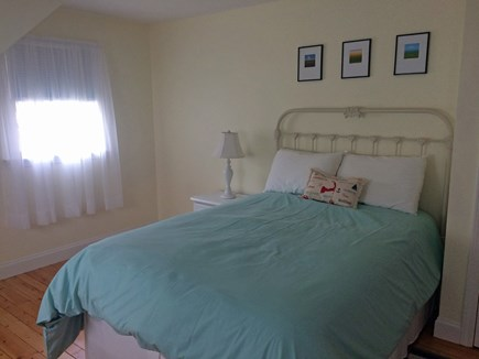 Osterville Osterville vacation rental - Sunny 2nd floor bedroom with double bed and twin bed