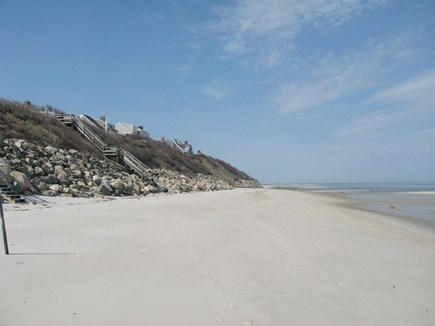 Dennis, North 6A, Bay Beaches! Cape Cod vacation rental - Entrance to beach - 2/10 mile. Private Assoc. Beach 3/10 mile.