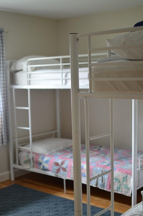 Dennis, North 6A, Bay Beaches! Cape Cod vacation rental - Bedroom, two sets of bunk beds, two windows, large closet.