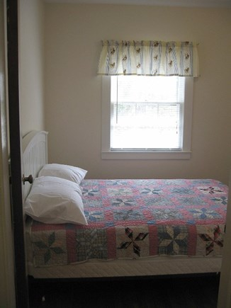 Dennis, North 6A, Bay Beaches! Cape Cod vacation rental - Cozy Bedroom With Full Size Bed, large closet.