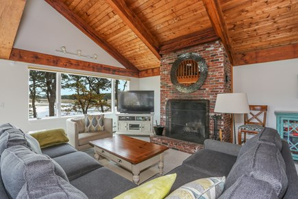 Wellfleet Cape Cod vacation rental - The first floor living area