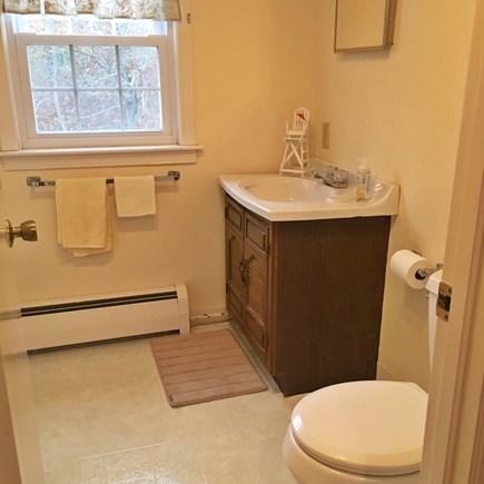 Eastham Cape Cod vacation rental - 2nd Floor Full Bathroom
