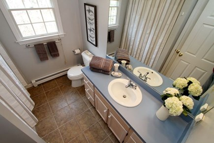 Eastham Cape Cod vacation rental - Full bath