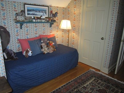 Orleans Cape Cod vacation rental - Comfortable day bed offers an additional sleeping area