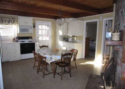 Brewster Cape Cod vacation rental - Eat in kitchen area