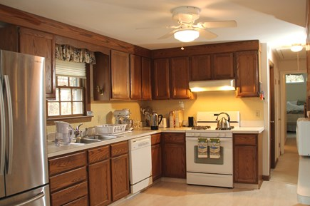 Cotuit, Barnstable Cotuit vacation rental - Full Kitchen