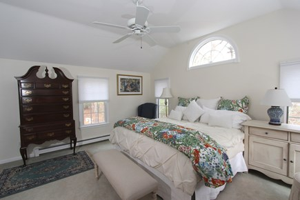Cotuit, Barnstable Cotuit vacation rental - Master Suite with 6 Windows